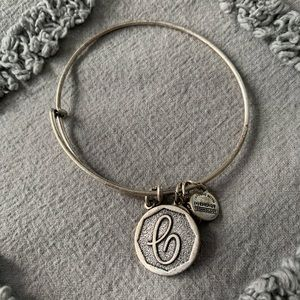 """NWOT Alex and Ani Silver """"C"""" Initial Bracelet"""